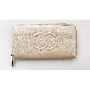 SALE! 🔥 Chanel Caviar Long Zip-Around Wallet